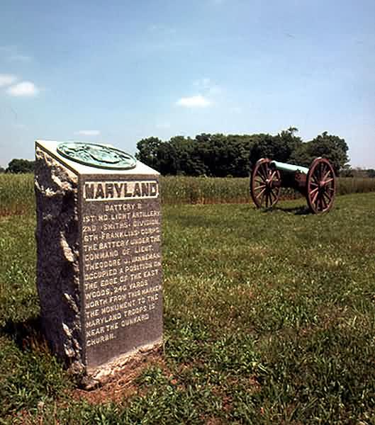 Maryland Artillery Monument & Napoleon Cannon