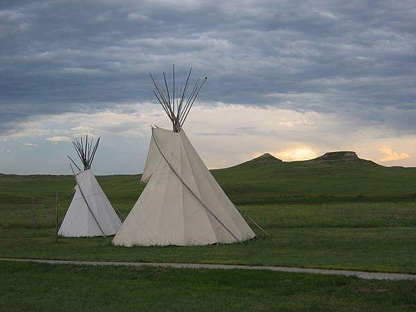 Teepees & Fossil Hills